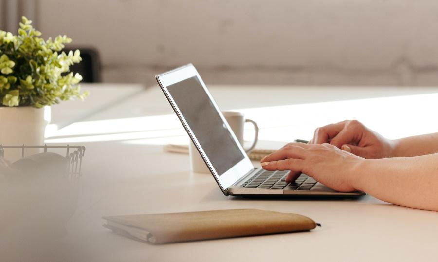bouquinbec blog raisons utiliser logiciel d'écriture
